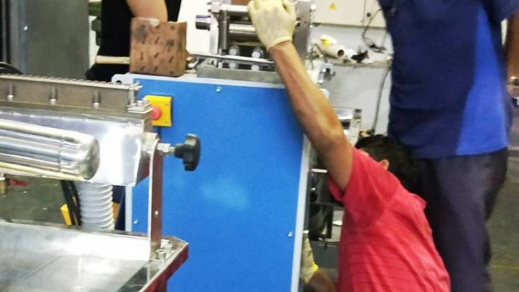 Install a new extrusion production line for Malaysian customers